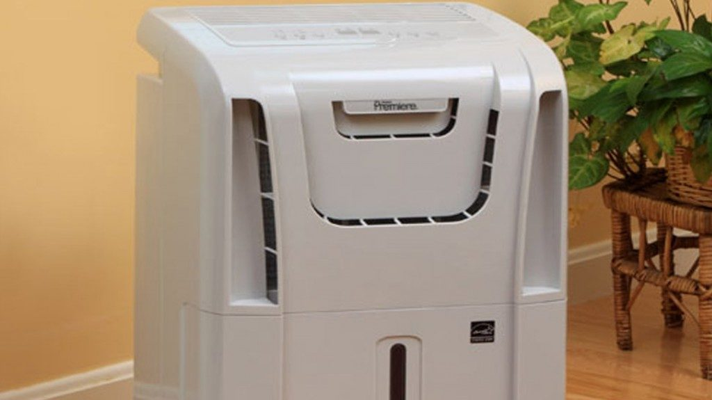 Danby-Premiere-50-Pint-Dehumidifier-Review-DDR5009REE