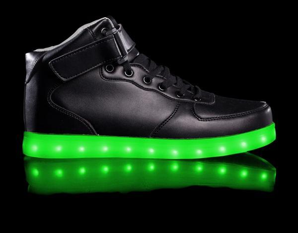super_nova_black_green_9d361130-fa54-4524-9d91-589883dd53af_grande
