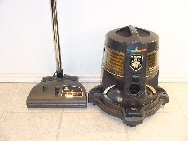 3621109ab15510a29aa9f40a73d9dc81--best-canister-vacuum-vacuums